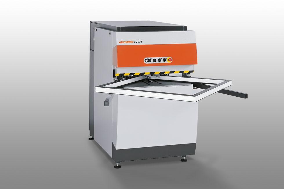 EV 834 - Corner cleaning machine Elumatec