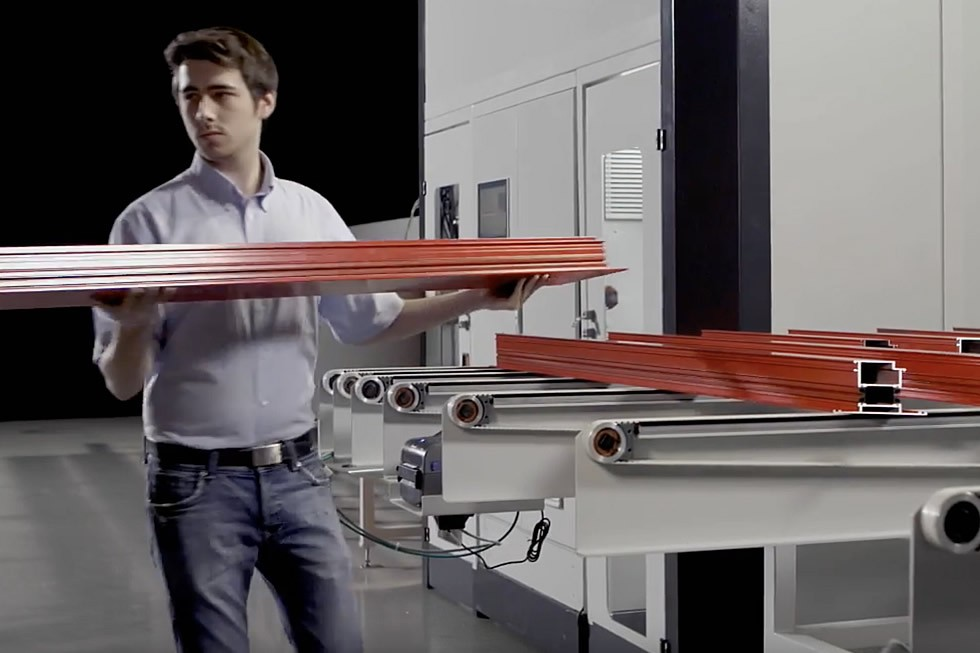 SBZ 628 – Profile machining centre unloading (2015) Elumatec